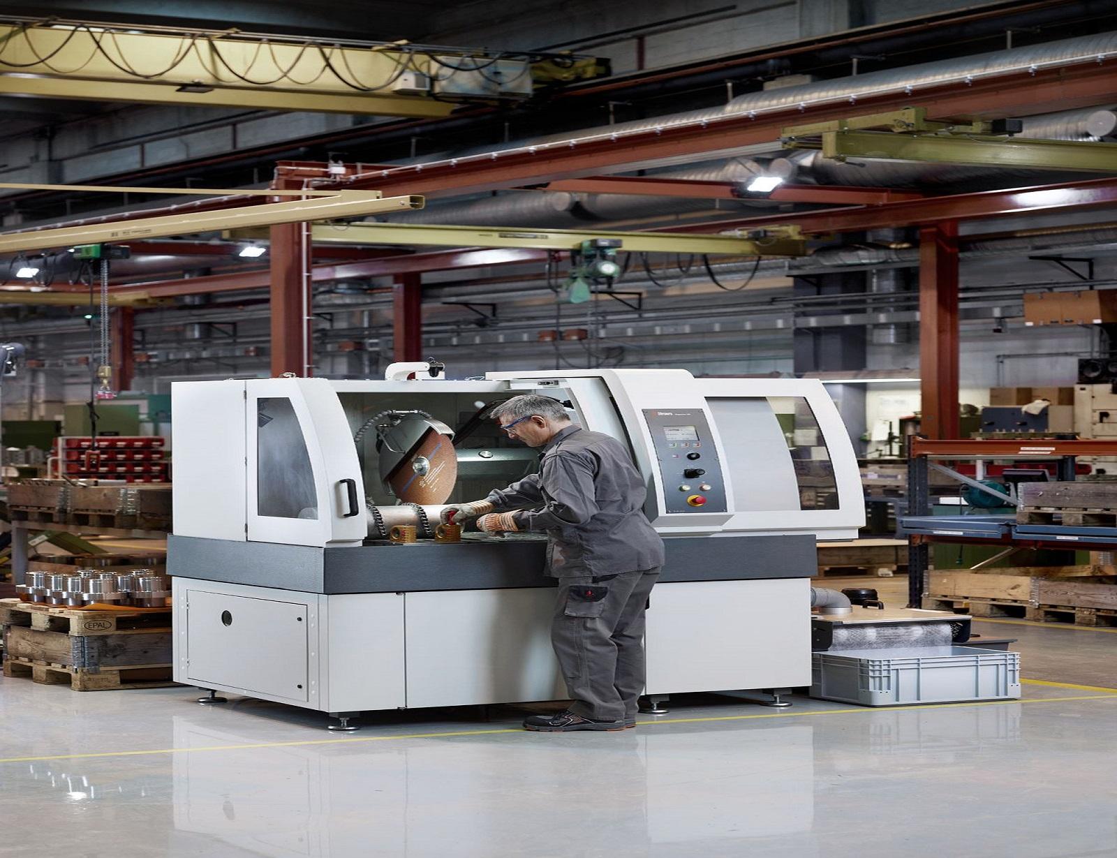 Автоматична режеща машина за големи детайли Magnutom -400 -500